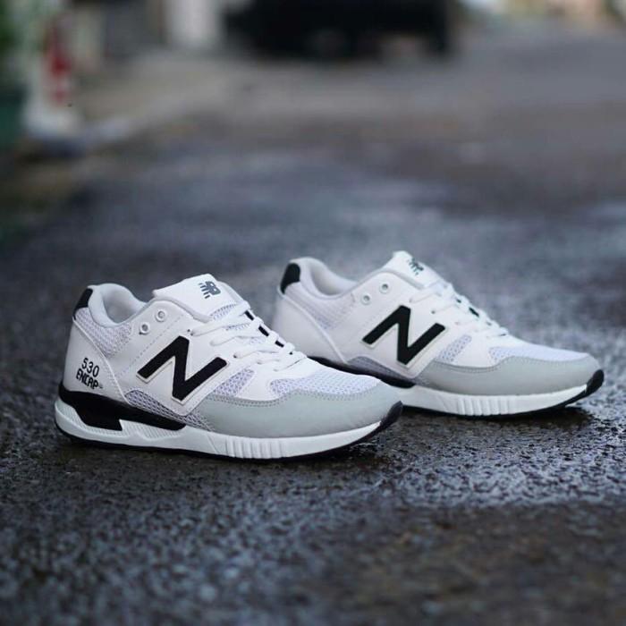 sepatu sneakers casual running new balance 530 encap putih hitam cowok 65fa081d19