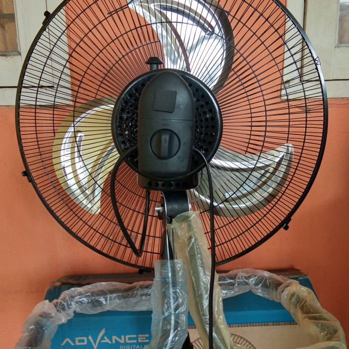 Kipas Angin Stand Fan Advance 3 in 1 18 TDS 18