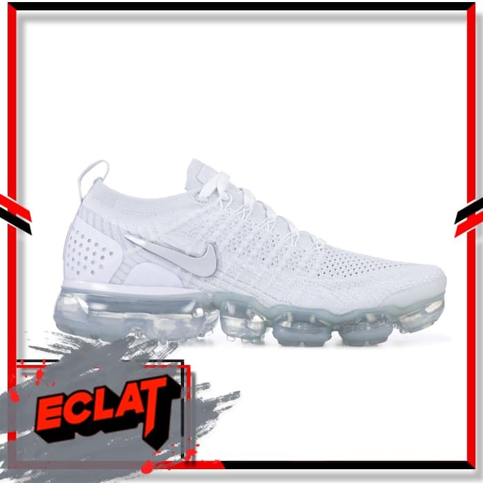 on sale 6282d ae5e7 Jual Nike Air Vapormax Flyknit Triple White Womens Original Sneakers -  Jakarta Pusat - Eclat Sneakers | Tokopedia