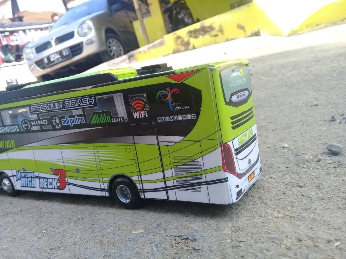 Jual Miniatur Bis Subur Jaya Jetbus 3 Miniatur Bus Full Interior Dki Jakarta Inullshop Tokopedia