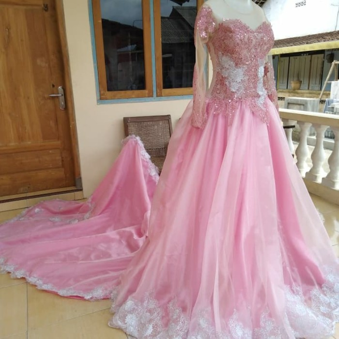 Jual Gaun Pengantin Pink Muda Kombinasi Silver Kain Kaca Kota Magelang Lya Hendrika Shop Tokopedia