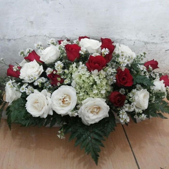 Jual Rangkaian Bunga Ovalkado Bunga Ultah Mawar Merah