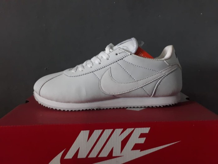 buy popular 37579 1d659 Jual Sepatu Nike Cortez - Sepatu Running-Jogging-Fitness-Sport-NC3 -  Angsana_Store   Tokopedia
