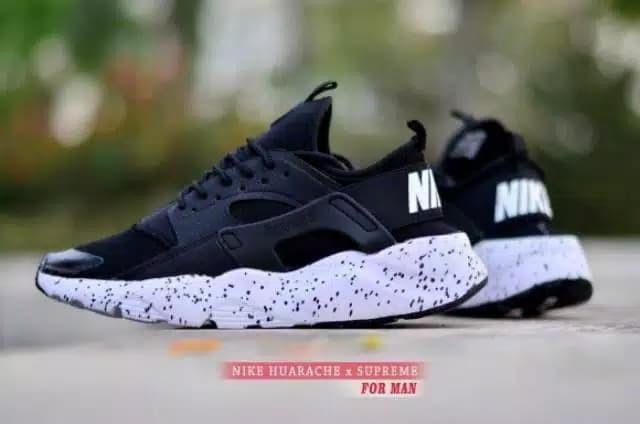 Sepatu Running Pria Sneakers Sepatu Olahraga Pria Nike Huarache X - Hitam  Putih 9557fb3fc9