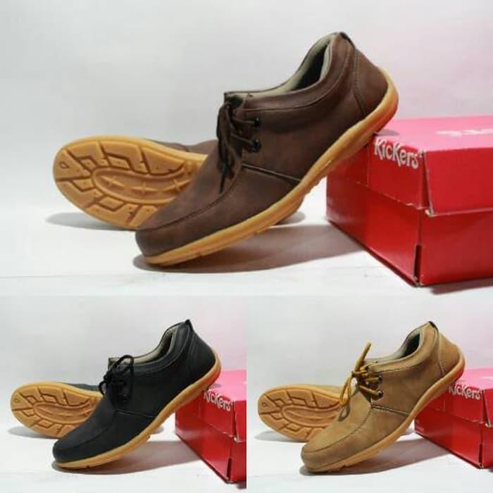 NEW Sepatu Casual Kulit Pria Kickers Sneakers Santai Jalan Bagus Murah cb3b6b8841