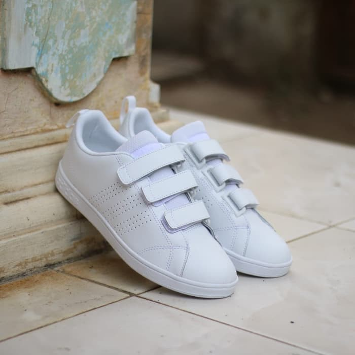 Sneakers Adidas Sepatu ORIGINAL Neo Advantage Velcro Full White Murah -  white navy c2ba7f6a76