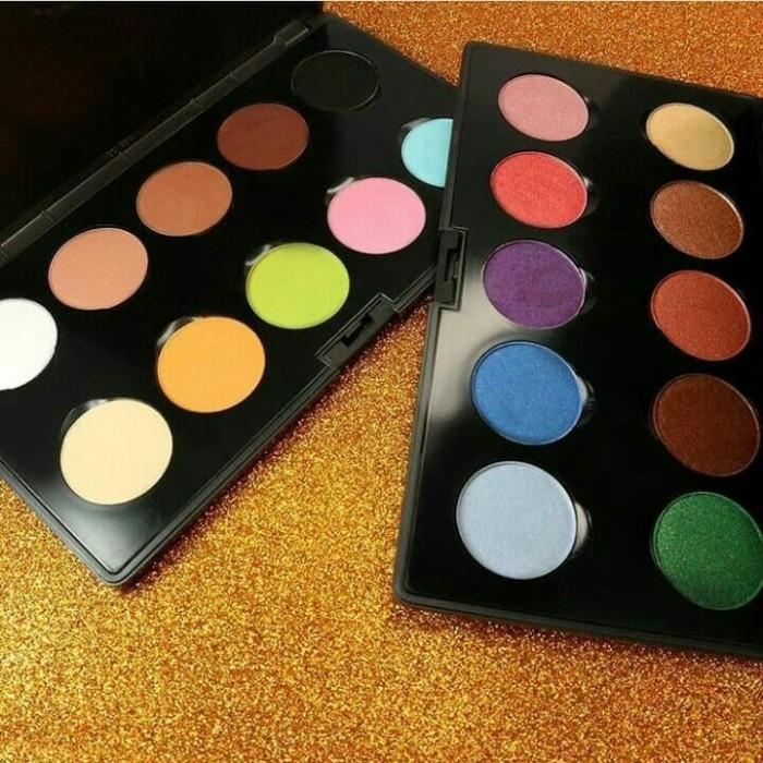 Foto Produk LT PRO pallet eyeshadow dari radilla shop1