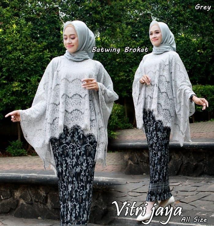Jual Setelan Batwing Brokat Grey Kebaya Modern Kebaya Brokat Kota Bekasi Kebayabutik21 Tokopedia