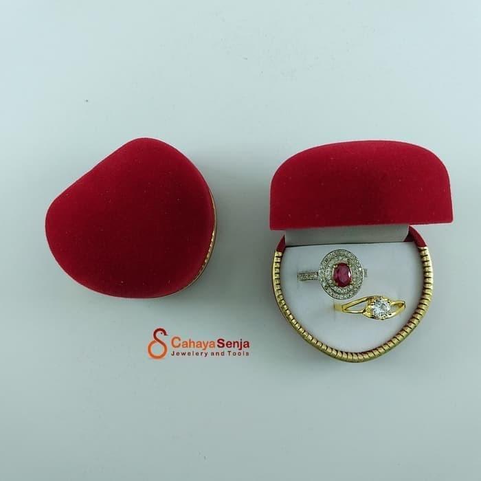 Foto Produk ORIGINAL Tempat cincin sepasang / Kotak Cincin Tunangan Couple Love dari AbiJewelry