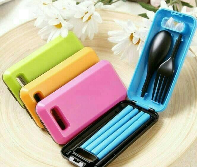 Sendok Garpu Sumpit Box Set Portable alat makan traveling Darurat SOS