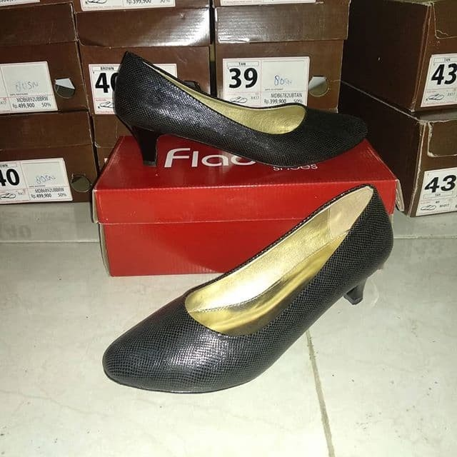 Sepatu wanita fladeo Size 40 b7855e2dd8