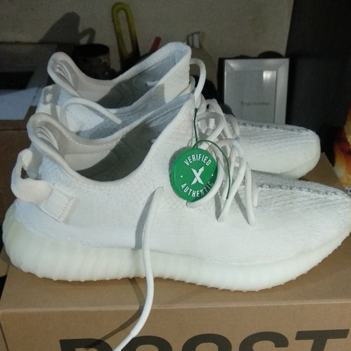 promo code db146 97354 Jual Adidas Yeezy Cream White Verified by StockX - DKI Jakarta - Bekas rasa  baruuuuuuuu   Tokopedia
