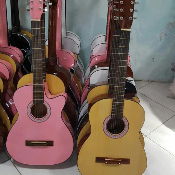 harga Gitar klasik nilon 3/4 krem dan pink Tokopedia.com