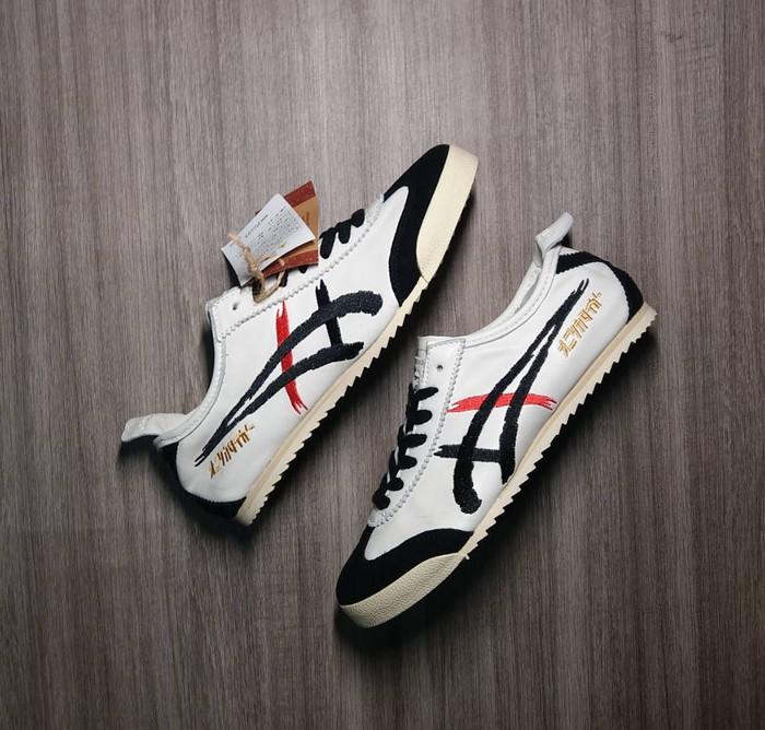 lowest price df380 47cdc Jual ASICS ONITSUKA TIGER DELUXE NIPPON MADE KABUKI VILLAIN - DKI Jakarta -  Sneakersroger | Tokopedia