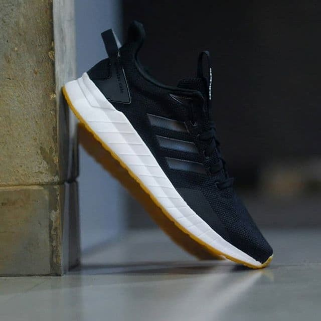 f60f60080fa Sepatu Adidas Questar Ride Black White Gum Original Made In Indonesia