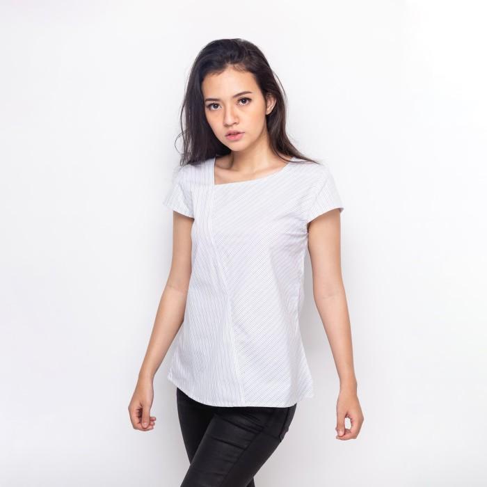 Foto Produk Sophistix Tiya Blouse Stripes Warna White-Blue - Putih, S dari Sophistix Official Store