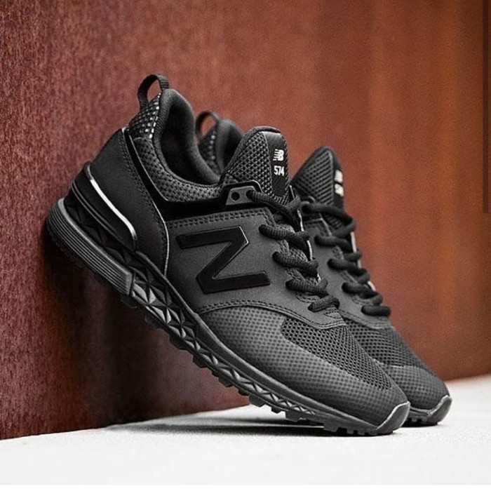 new styles 12043 b89c3 Jual New Balance 547s triple black - Jakarta Selatan - lovelysneakers |  Tokopedia