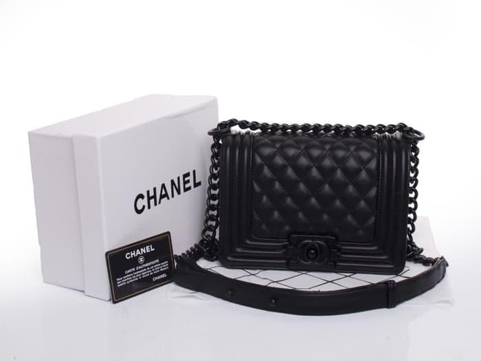 b1c9527f805d ... good selling 0de59 3b6a9 Tas Chanel Boy Flap So Black Mini Leather  HITAM Seprem Box 8810 ...