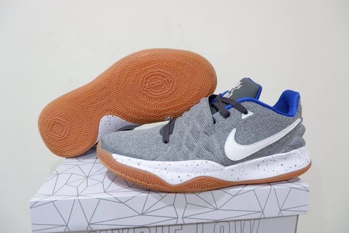 uk availability 604ec 6d37c Jual Sepatu Basket Nike Kyrie Low 1 Uncle Drew - Kota Batam - Pivot Store  Online | Tokopedia