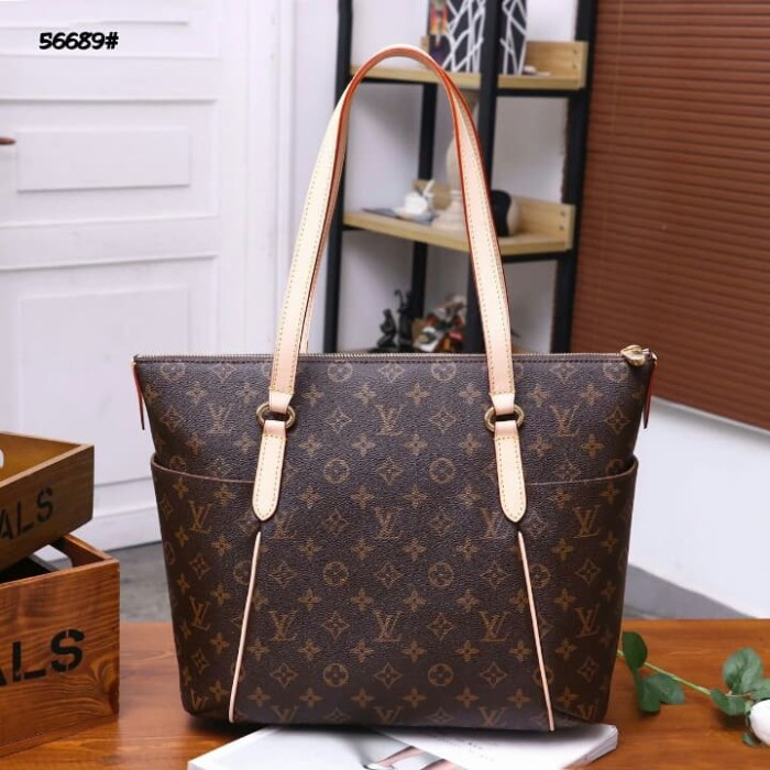 6e2ef4063ea2 Jual LV Louis Vuitton Totally Bag👜  56689 - Monogram ...