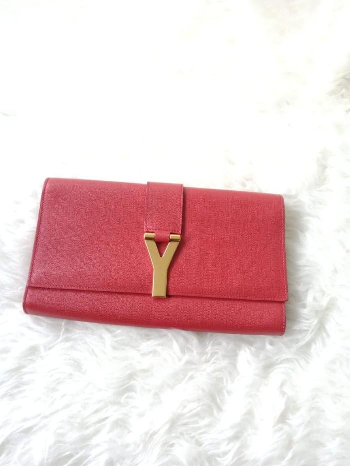 da0b883bc5 Jual Saint Laurent YSL SaC Clutch in Red - nay luxurypreloved ...