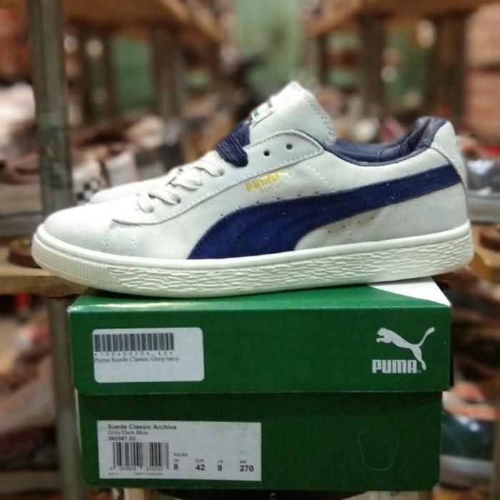 sports shoes 896fe 8e0dc Jual Sepatu Puma Suede Classic Archive Grey Dark Navy BNIB Mirror Quality -  Kota Bandung - Socca Shoes | Tokopedia