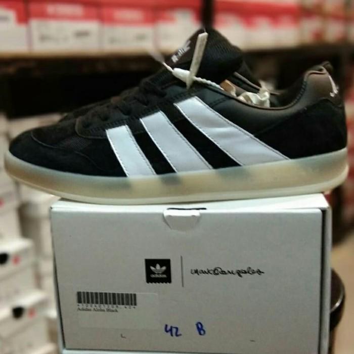 hot sale online 6fff7 cf5de Sepatu Adidas Aloha Super Mark Gonzales Black White Mirror Quality