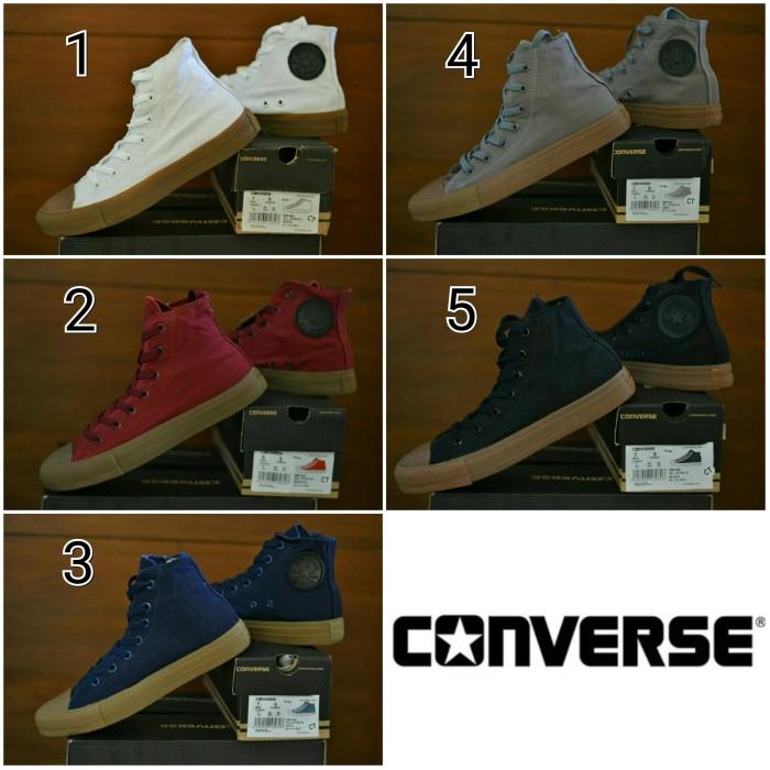 Jual Sepatu Sneakers Pria Converse Chuck Taylor II Hi Sol Gum Casual ... e906ae634c