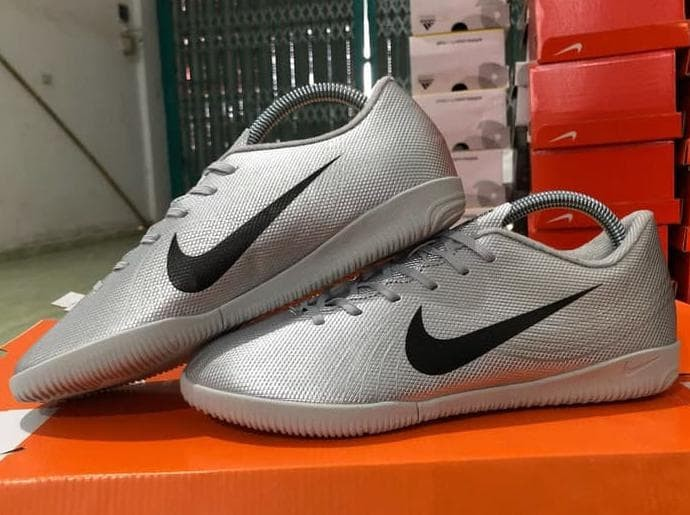 Jual Promo Sepatu Futsal Nike Mercurial Vapor Xii Heritage Ic