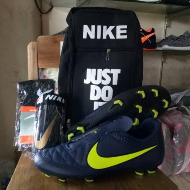 Jual Paket Komplit Sepatu Bola Nike Tiempo Sepatu Nike Nike