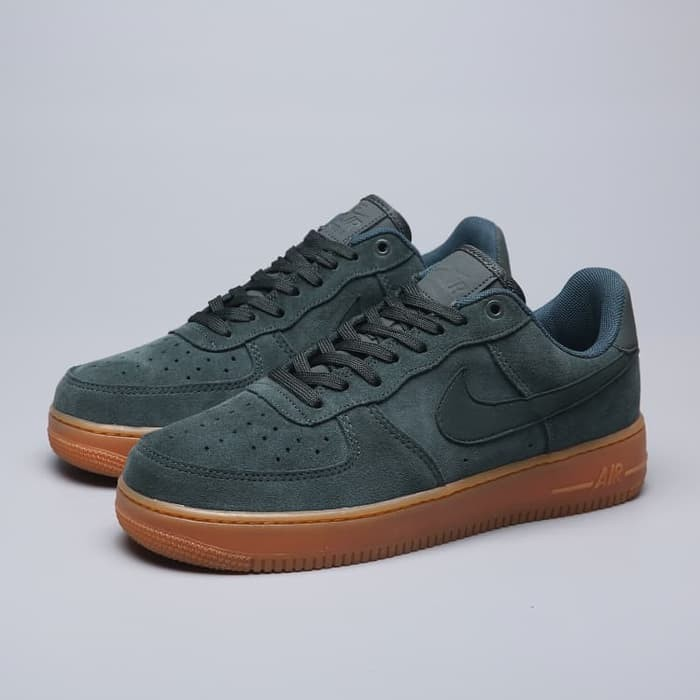 huge selection of b2982 0d506 Jual Nike Jordan Air Force 1 07 Low Olive Green Gum Perfect Kick Original -  DKI Jakarta - Sneakers Holic | Tokopedia