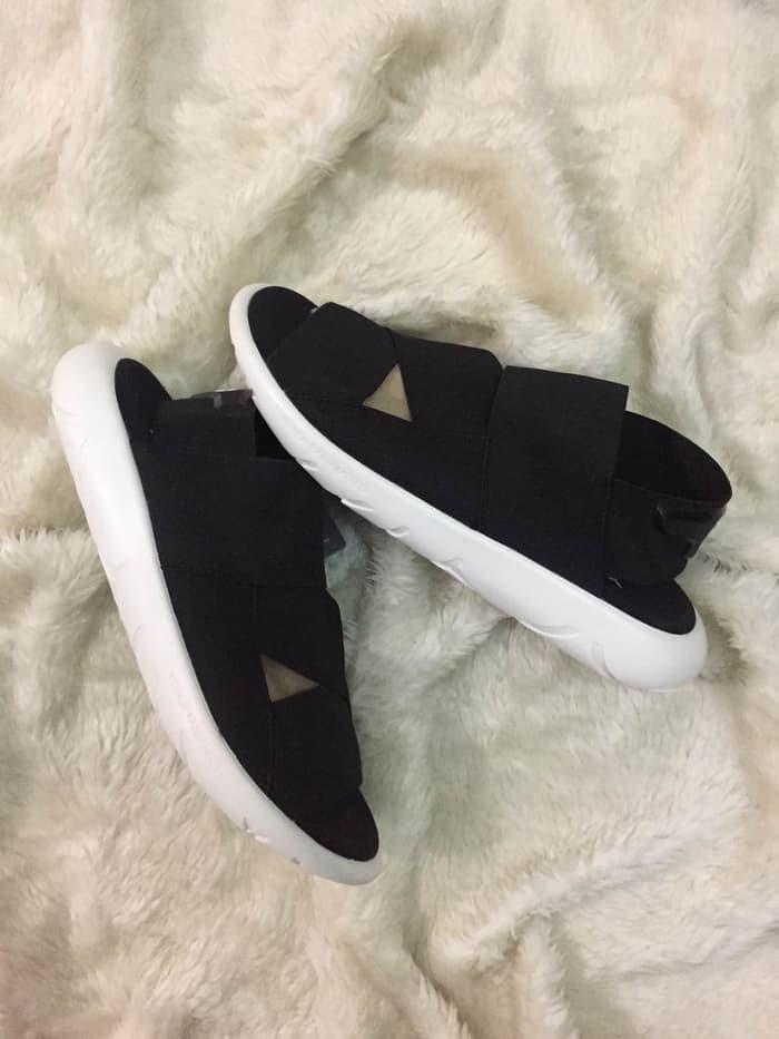 a4718c073717 Jual Sandal Adidas Y-3 Qasa Black White Premium Original   Sendal Y3 ...