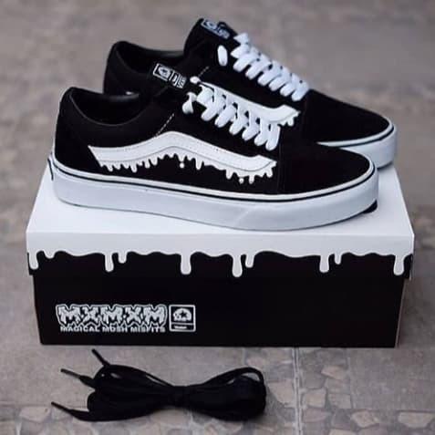 7bec49bac5380a Jual Sepatu Vans - Vans Oldskool Magical Mosh Misfits Black White ...