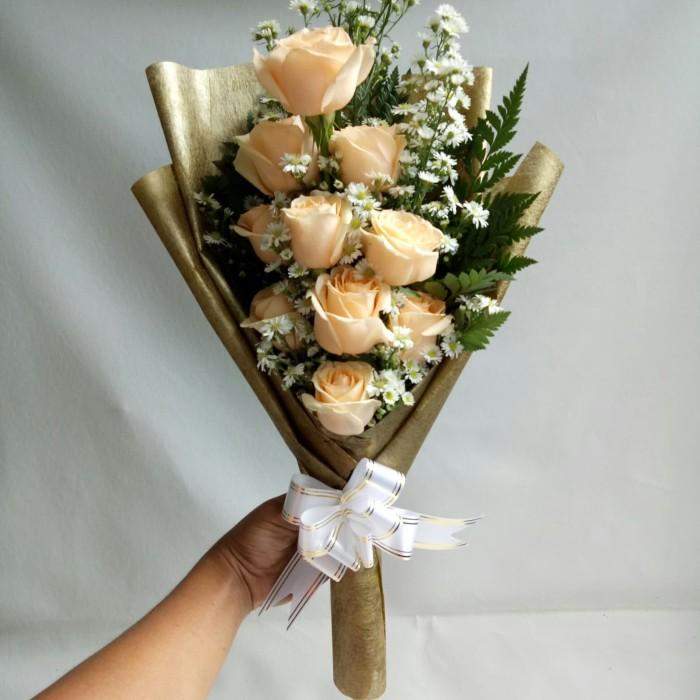 Jual Buket Bunga Anniversary Bunga Mawar Asli Bouquet Jakarta Barat Freshcut Flower Tokopedia