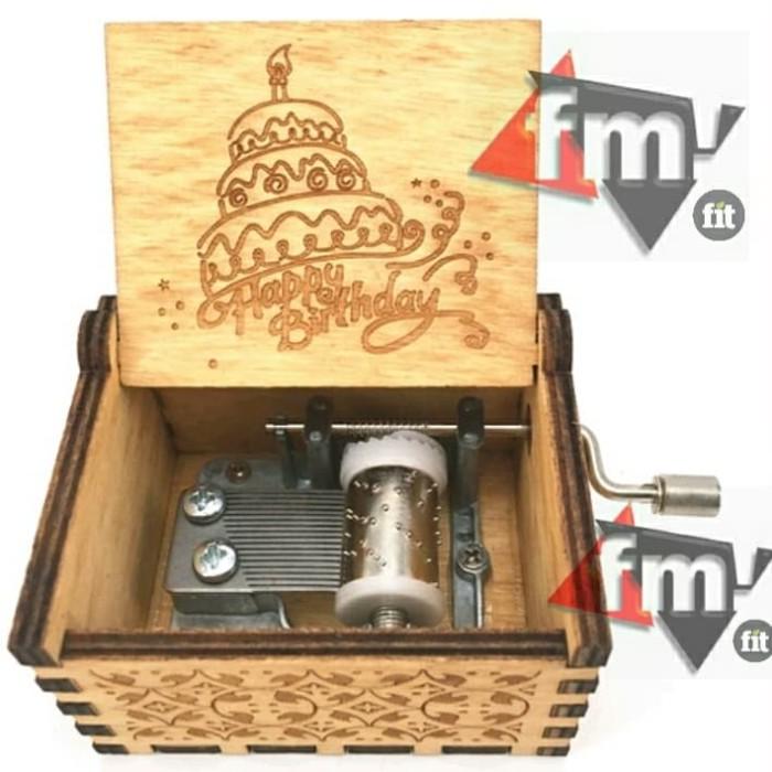 harga Kado kotak musik happy birthday kayu wooden music box happy bday Tokopedia.com