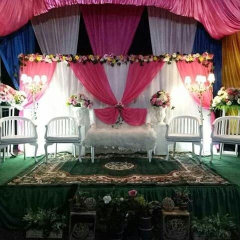 Jual Dekorasi Pelaminan Modern Murah Jakarta Jakarta Timur Florasia Wedding Service Tokopedia