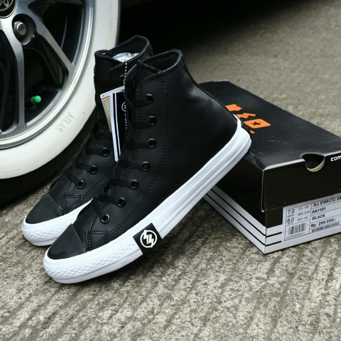 Jual Sepatu Converse All Star Undeafeated Hitam Putih Leather