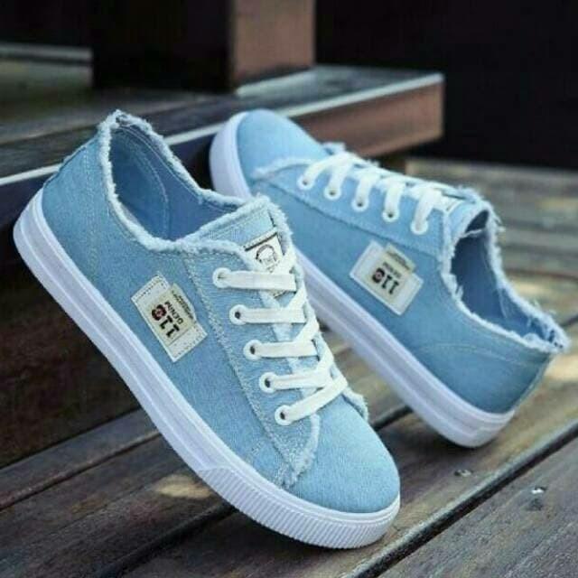 Jual Sepatu Sneakers DC 011 - Tok Tik Online Shop  f1758b6280