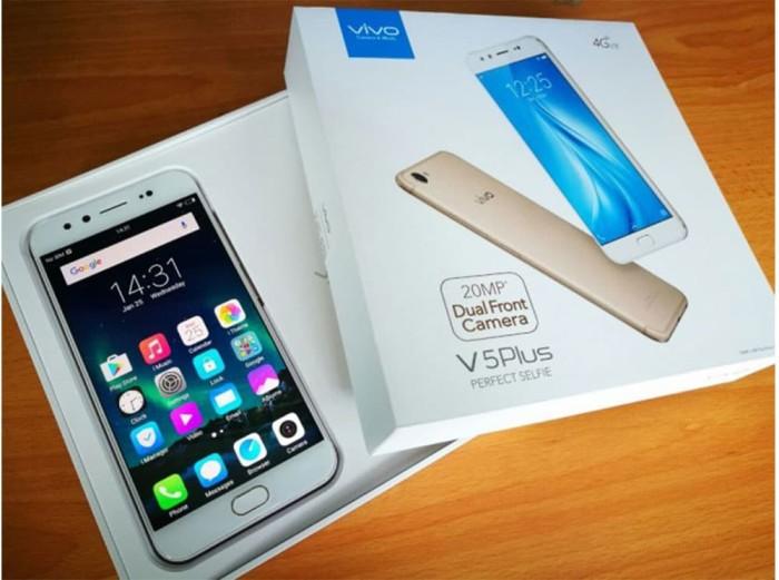 VIVO V5 Plus 4/64GB 5,5 Inch 20 MP + 8 MP Gold Garansi Resmi 1 Tahun