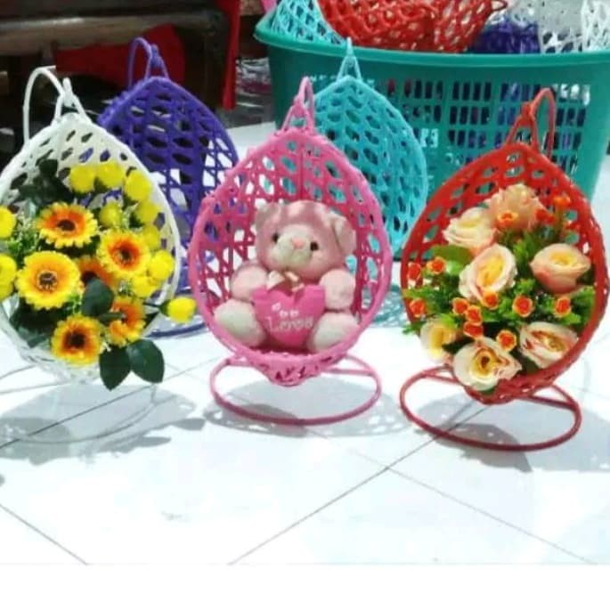 Jual Vas Bunga Artificial Model Ayunan Terbuat Dari Rotan Sintetis ... 4eed9784dd