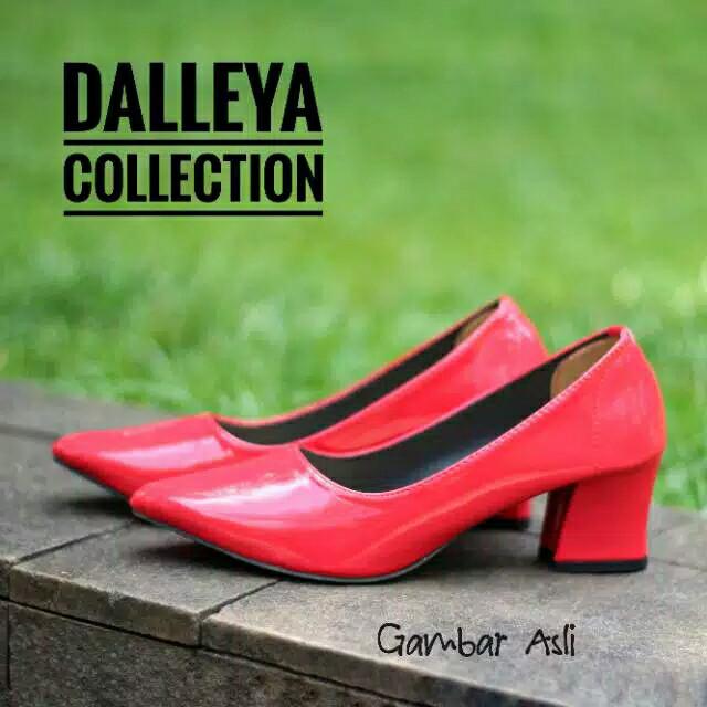 Foto Produk bigheels vuiz wanita cantik 0354 - Merah, 40 dari rumput shoes