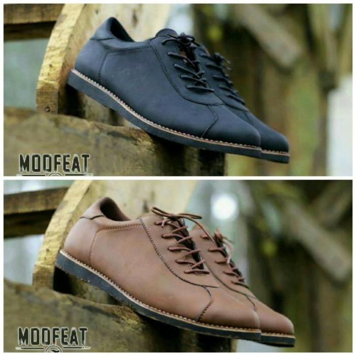 Sepatu Sneakers Pria Casual Brodo Slip On Kickers Moofeat Original - Hitam ddb012dcf8
