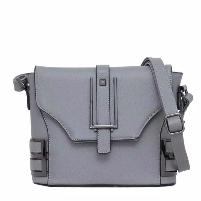 Jual Nandira Slingbag Grey  66f5ad4fe9