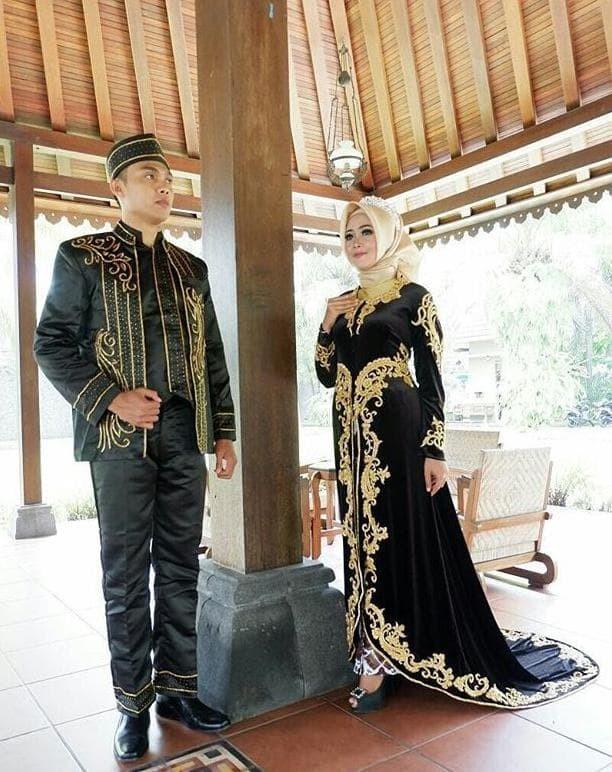 Jual Terlaris Kebaya Jawa Murah Baju Akad Elegan Model Kebaya Modern Kota Medan Karin Seller Tokopedia