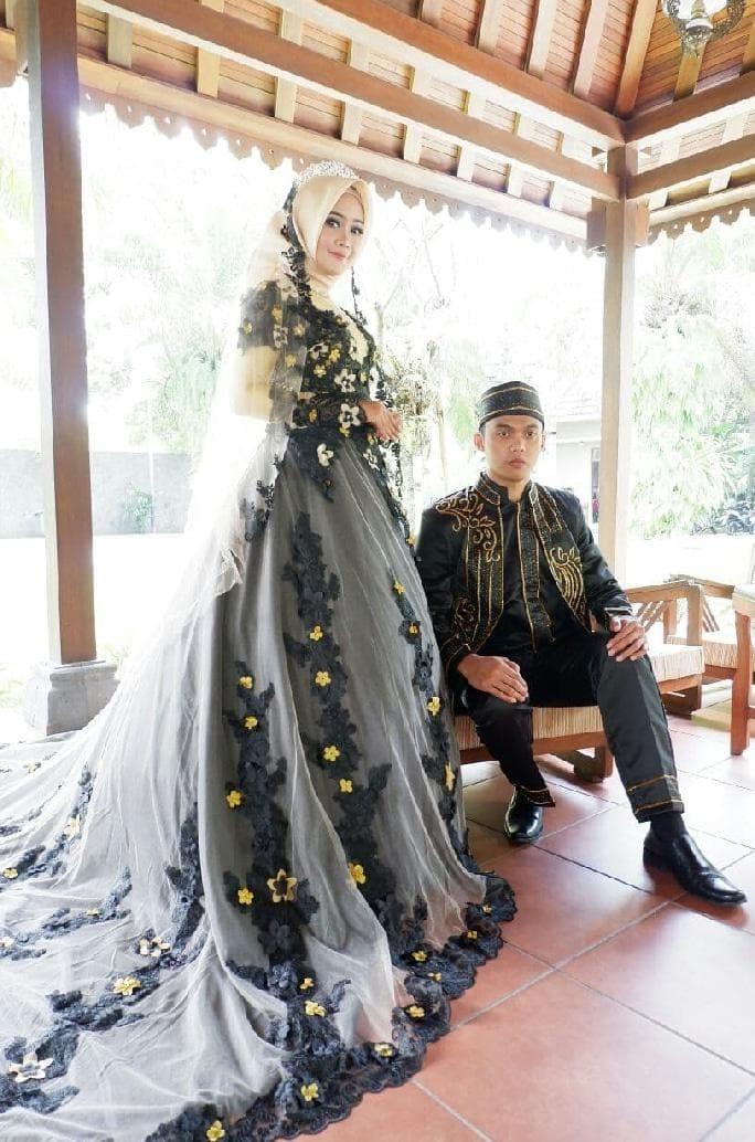 Jual Terlaris Sweet Couple Gaun Kebaya Pengantin Muslim Modern Kota Medan Iwan Reseller Tokopedia