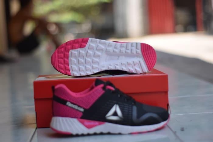 Jual Sepatu Sport Cewek Reebok Sepatu Olahraga Cewek Reebok Pink