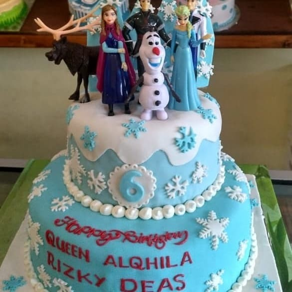 Jual Kue Tar Tingkat Frozen Full Foundan Kota Bekasi Chars Cake Shop Tokopedia