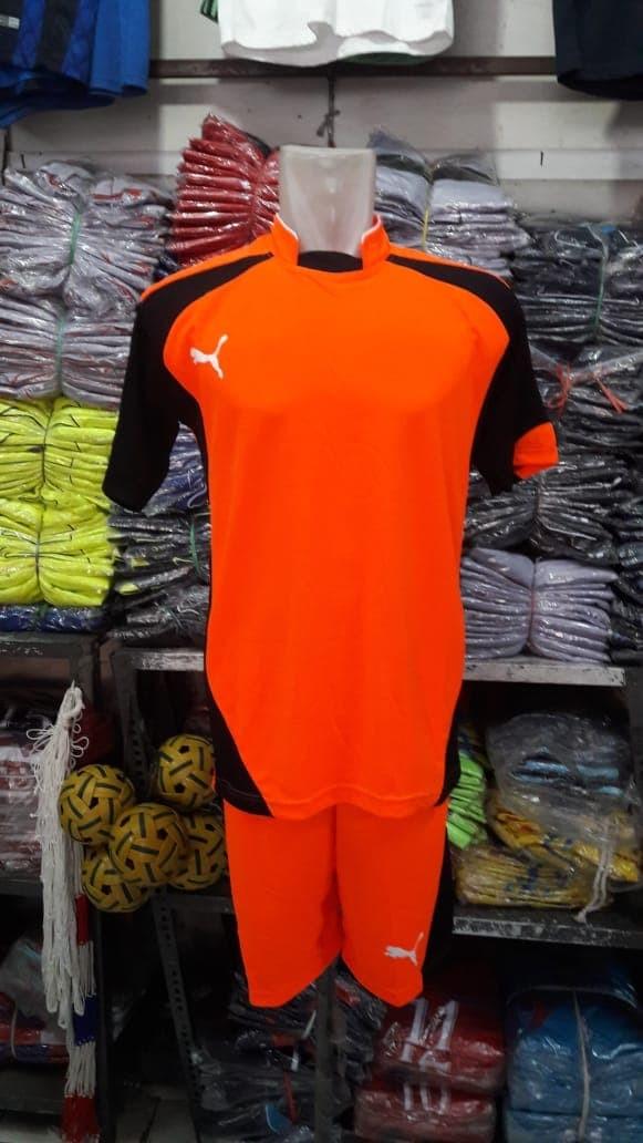 Jual Stelan Jersey Kaos Putsal puma Orange kombinasi hitam - Golden ... b5f9378e21