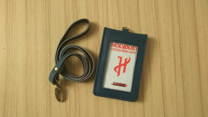harga Id card holder kulit asli name tag flip warna navy unik Tokopedia.com