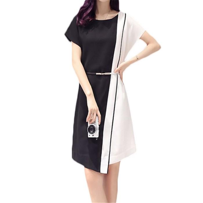 2018 Musim Panas Baru Ukuran Besar Wanita Pakaian Korea Putih Hitam